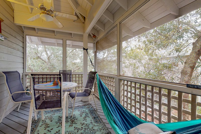 Cozy coastal townhome with beach access and shared pools ...