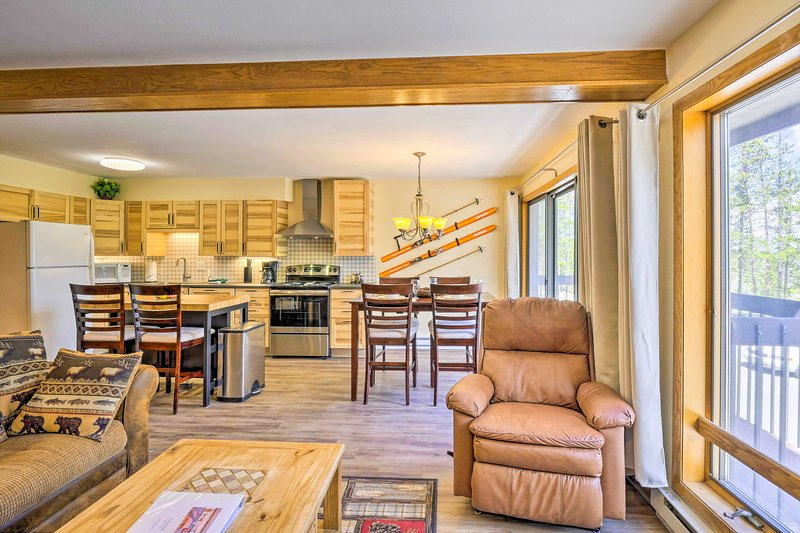 Find your next mountain retreat at this 1-bed, 2-bath Fraser condo for 4!