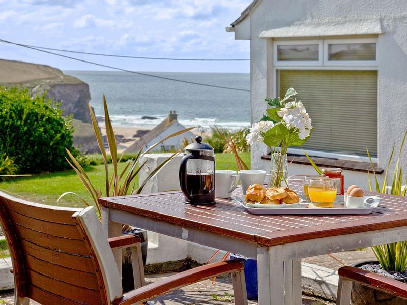 Beach View, holiday rental in St. Mawgan