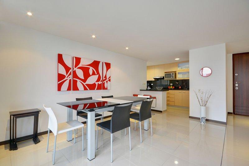 Elegance and Comfort in Ideal Location, location de vacances à Medellin