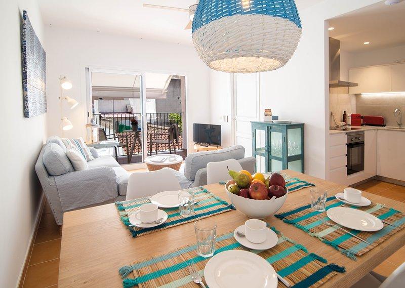 Can Serol 2 - Apartamento Vacacional de 4 plazas en centro Capdepera, holiday rental in Font de Sa Cala
