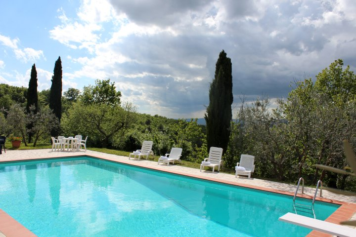TA Saver 15% Family Cottage Tuscany, with Pool, holiday rental in Castiglion Fiorentino
