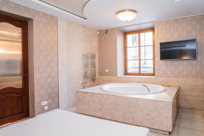Old Town Jacuzzi Apartment, vacation rental in Vilnius County