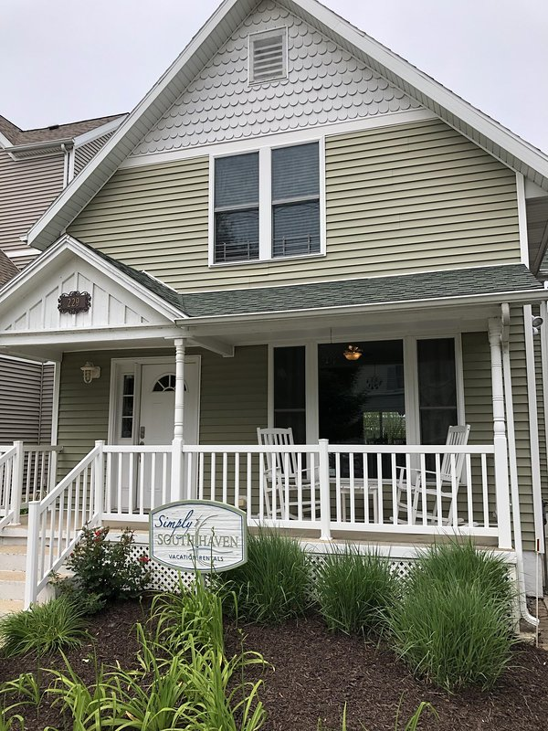 simply south haven steps from downtown and 3 blocks to south rh tripadvisor com