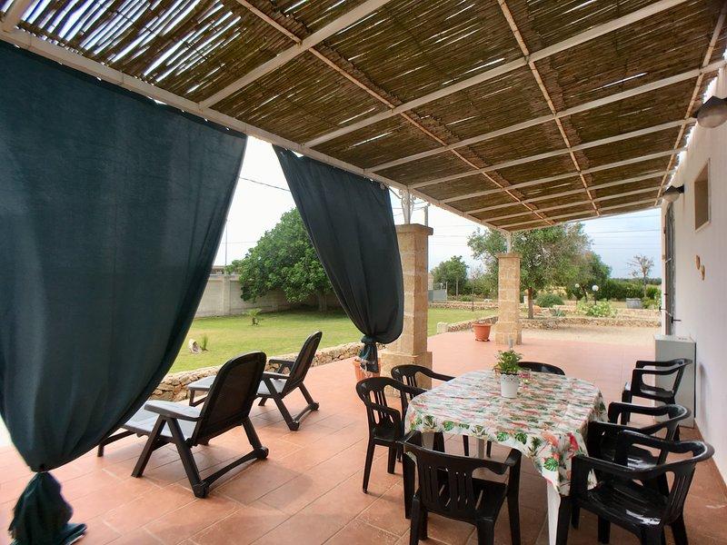 Casa Morfeo LUNA, holiday rental in Salmenta