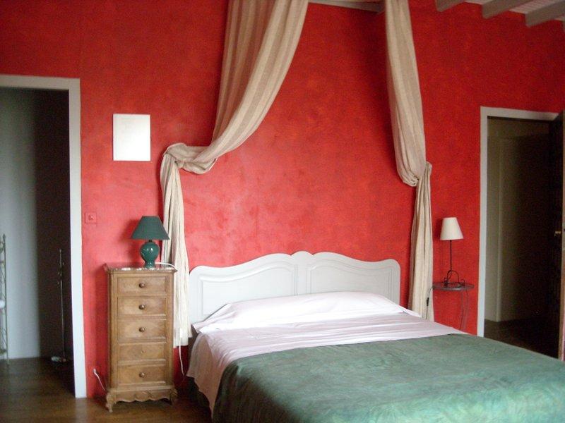 Maison d'hôtes  entre  Puy du Fou et Venise Verte., holiday rental in Saint-Marsault