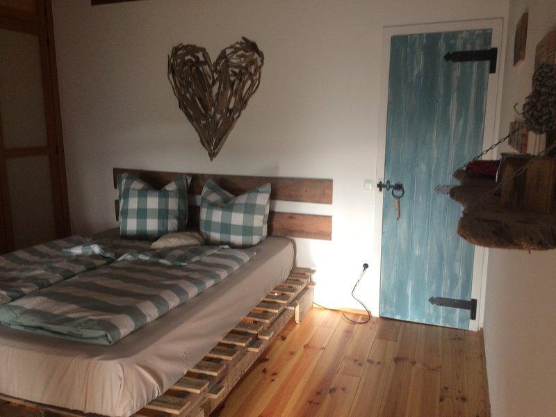 Casa Pura Vida 2, holiday rental in Rogil