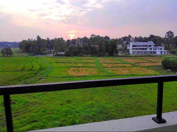 Flora Residencies, holiday rental in Battaramulla
