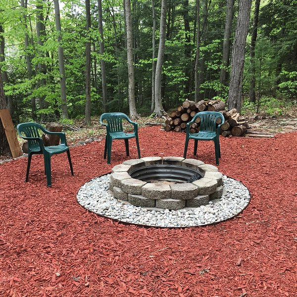 Gather around the 36' fire pit