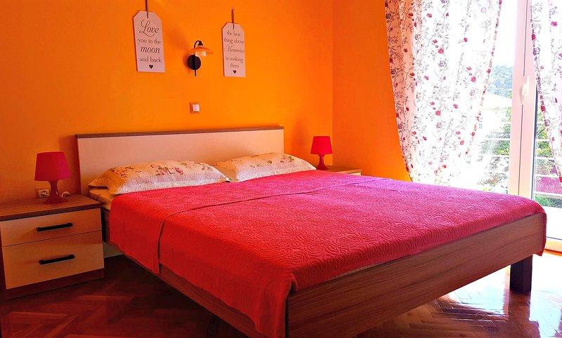 Beautiful Apartments Neda on the island of Rab!, location de vacances à Kampor