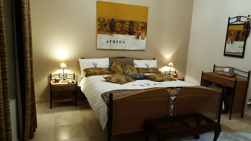 African Room, holiday rental in Durbanville
