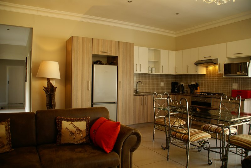 African Palm Red, holiday rental in Durbanville
