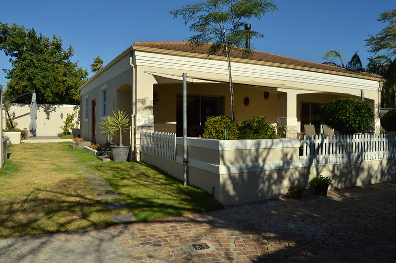 African Palm Blue, holiday rental in Durbanville