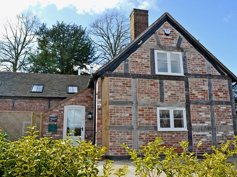 Wrockwardine Cottage - UKC22, casa vacanza a Trench