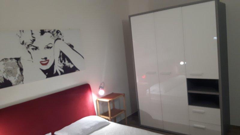 Attico rosso dei due mari, vacation rental in Vieste