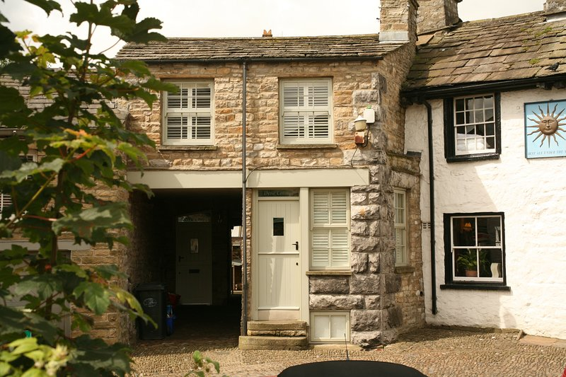 Dene Cottage, holiday rental in Yorkshire Dales National Park