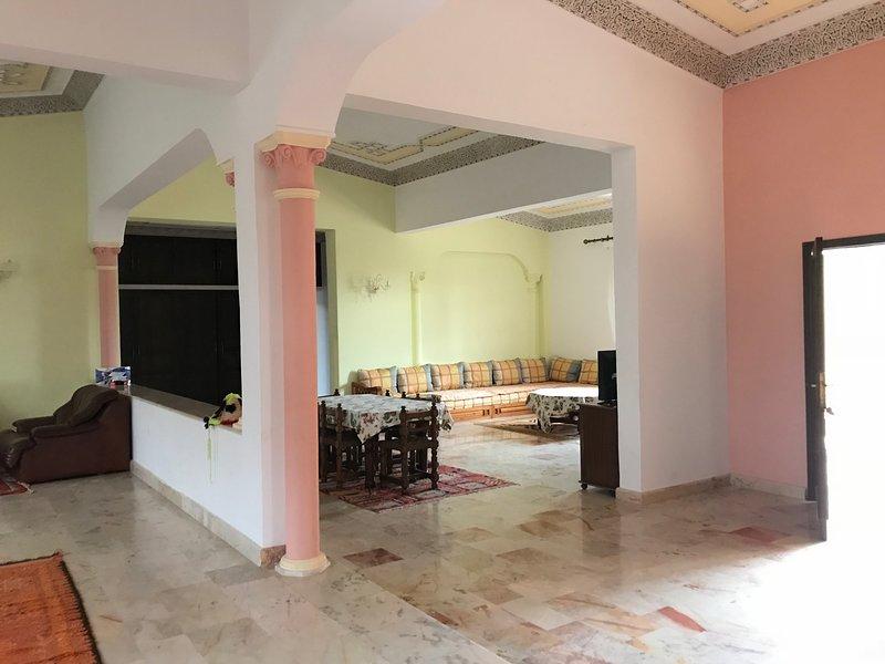 Villa avec piscine privée sans vis à vis, alquiler de vacaciones en Ait Melloul
