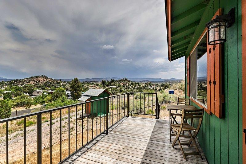 Enjoy a unique retreat at this vacation rental cabin in Rimrock!