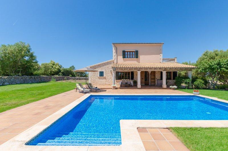 ES VEDAT - Villa for 6 people in Lloret De Vistalegre, location de vacances à Lloret de Vistalegre