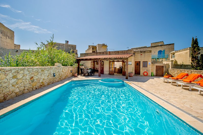 Ta Lieni Holiday Home, vacation rental in Ghasri