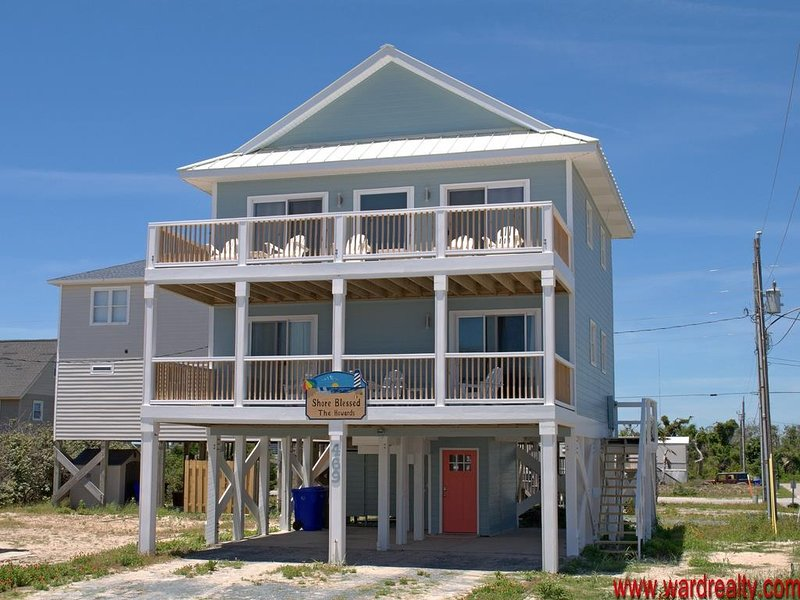 GREAT OCEAN VIEWS!! - SHORE BLESSED, vacation rental in North Topsail Beach