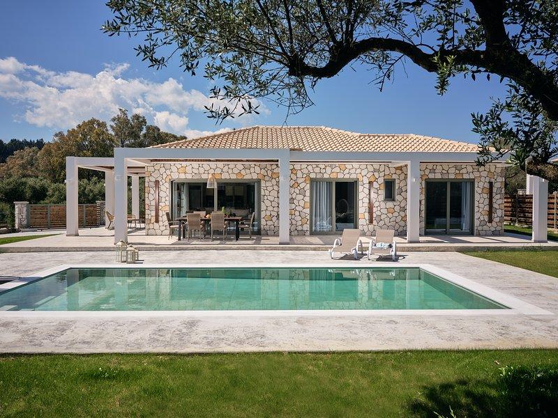 Gerakas Luxury Villas, vacation rental in Zakynthos