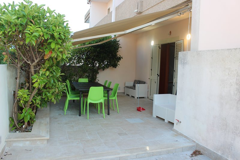 Damavi suite - Maestrale - Appartamento a Torre dell'Orso, 200 m dal mare, casa vacanza a Melendugno