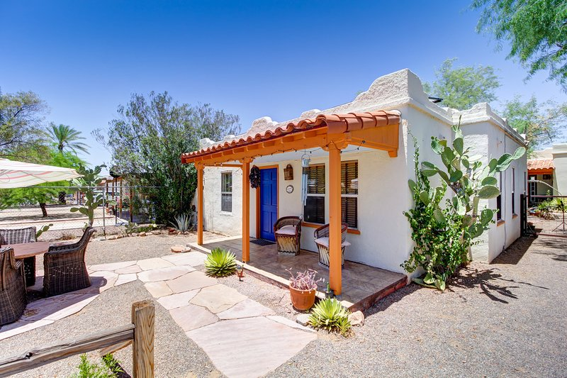 Quintessential Tucson Bungalow, holiday rental in Tucson