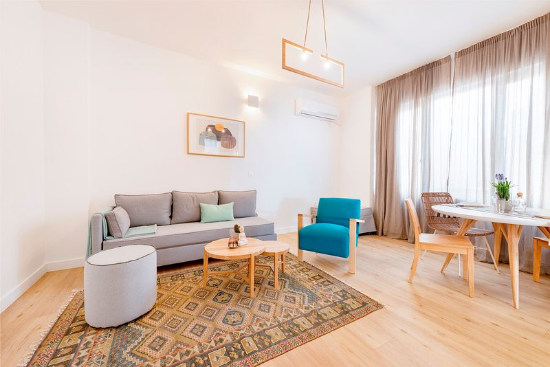PREMIUM DELUXE APARTMENT -c2-SHARED TERRACE, location de vacances à Pirée