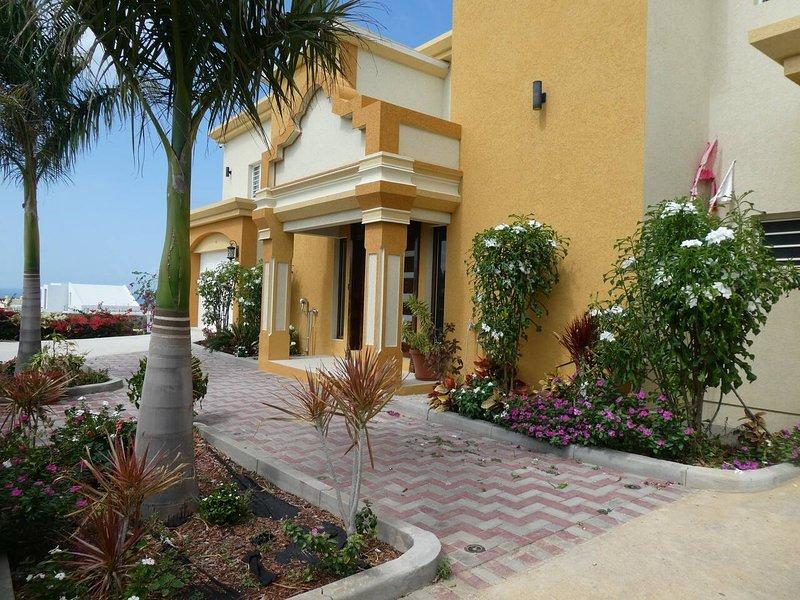 Singh Luxury Apartments with sea view, Apt.3, aluguéis de temporada em Quartier D'Orleans