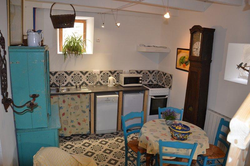 L'oustalinette, gîte indepandant pour 2 personnes, aluguéis de temporada em Alzon