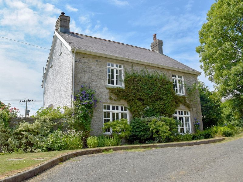 Lordship Farmhouse, holiday rental in Spittal