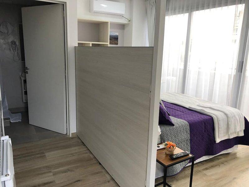 Departamento Nuevo con Balcón en Nuñez, alquiler de vacaciones en Martinez