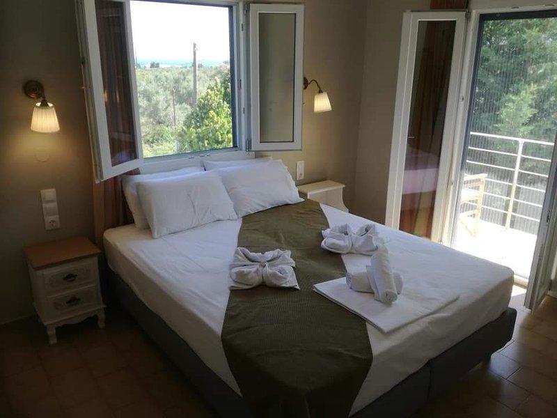 RASTONI GUEST HOUSE SKOPELOS, holiday rental in Stafylos