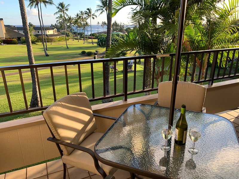 Enjoy a pleasant evening on the lanai overlooking the ocean!