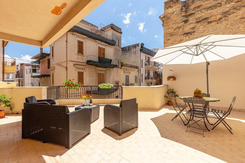 Residenza del Duca - Casteldaccia 2 bedrooms, vacation rental in Casteldaccia