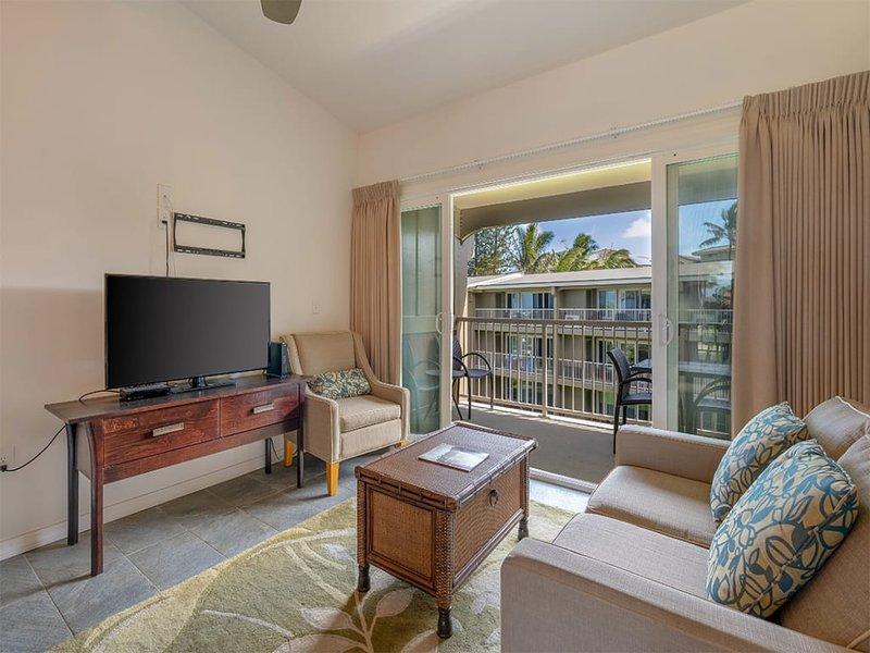 Chic Pacific View Bliss w/Lanai, Open Kitchen, WiFi, Ceiling Fans+Den–Kauai, alquiler de vacaciones en Anahola