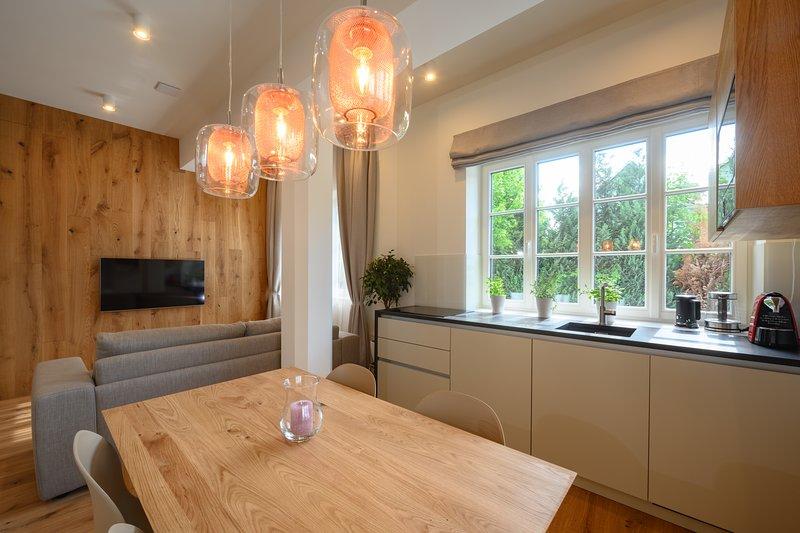 Vila Ula La Luxury Apartments Bled, LAUGH, holiday rental in Radovljica