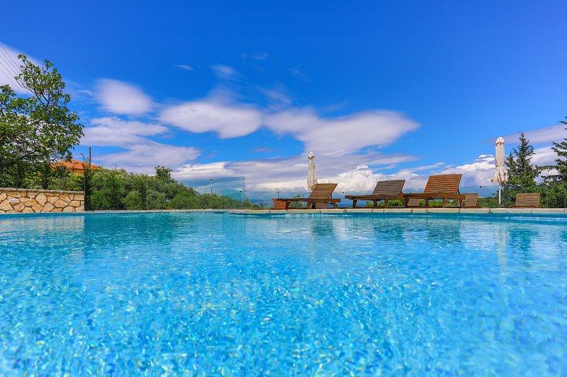 Villa Angelica: Private, Pool, Parking, A/C, aluguéis de temporada em Agnitsini