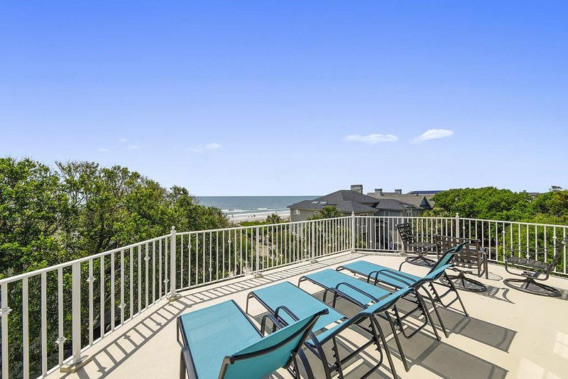 Ocean Views, 2nd Row Home, Private Pool and Spa, location de vacances à Hilton Head