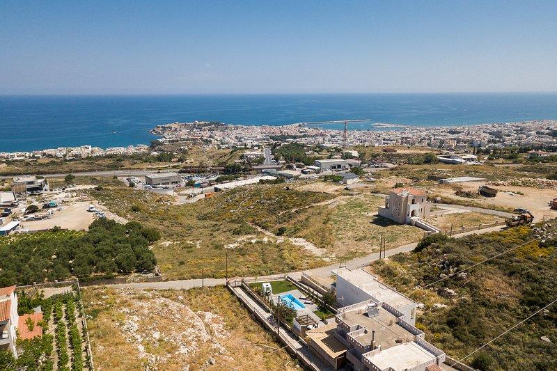 ¡Una vista panorámica de la Villa y su ubicación!