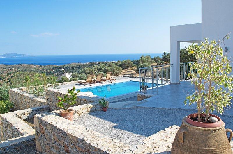 Private pool,Great Views,Free Breakfast Vrahos, holiday rental in Agios Vasileios Municipality