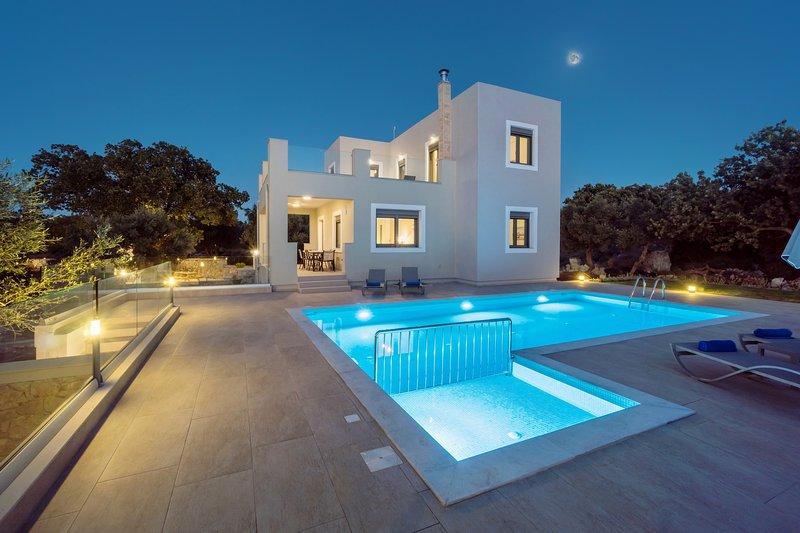 New Modern villa, 3 bedrooms,Countryside,Kids pool, location de vacances à Prines
