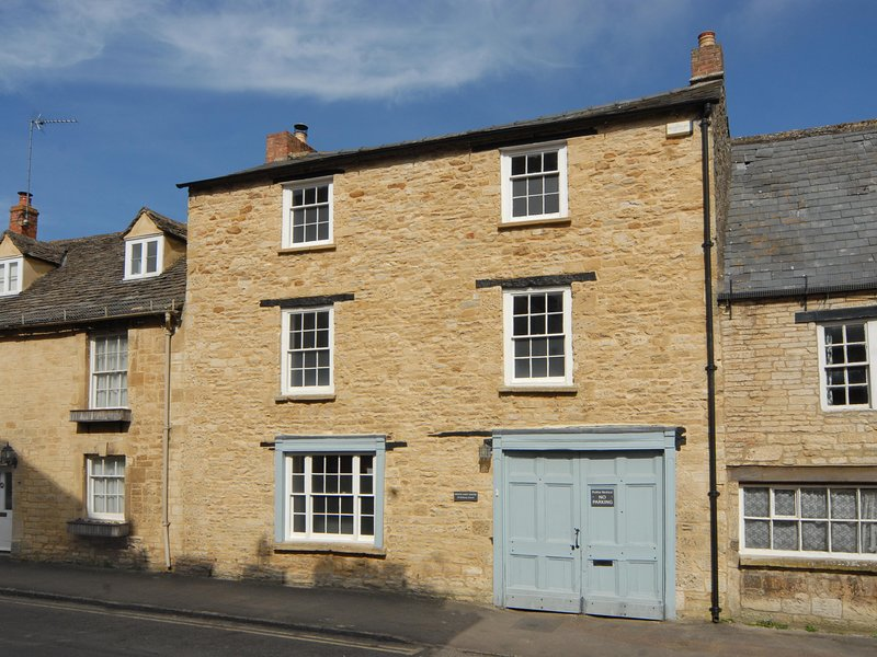 White Hart House, Burford, holiday rental in Carterton