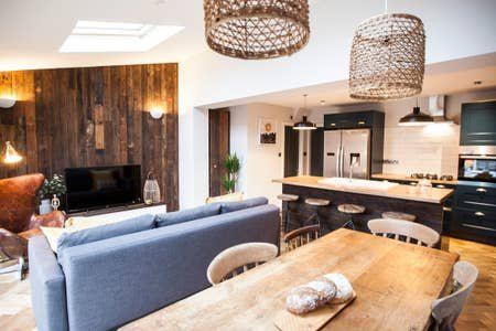 Amazing Open Plan Home close to City Centre, vacation rental in Stockport