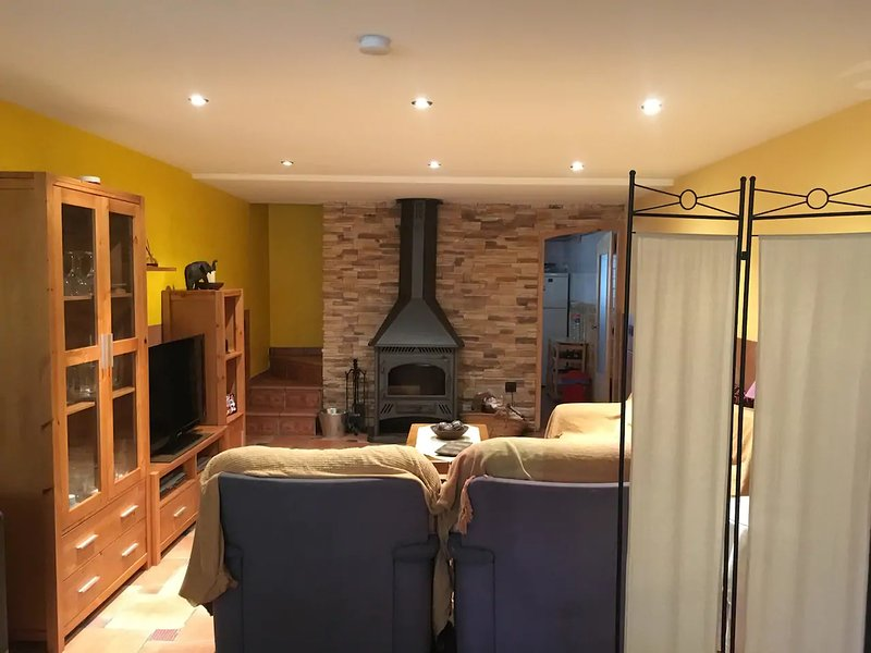 Spacious house with mountain view, holiday rental in Benlloch
