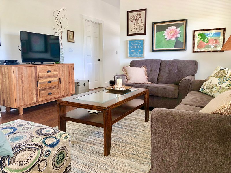 Perfect Beachtown Retreat, holiday rental in Waimanalo