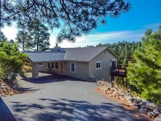Las Nubes  Las Nubes - Cozy Cabins Real Estate, LLC., holiday rental in Alto
