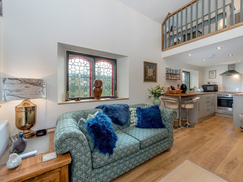 Open-plan living with galleried double bedroom
