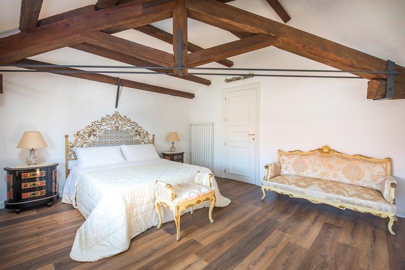 B&B Villa Liberty sul mare - Camera Oro, holiday rental in Ficarazzi